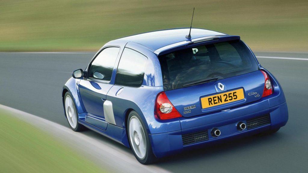 Renault Clio V6 Classic Car Dubai UAE